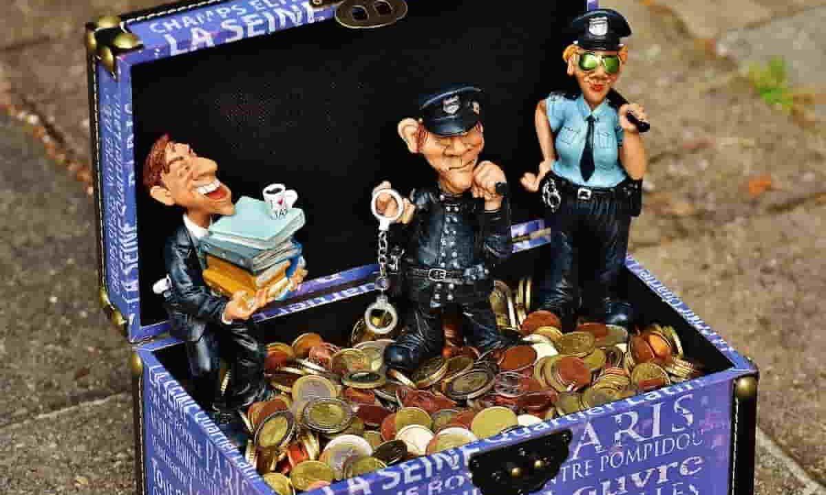 税金 犯罪 確定申告 年末調整