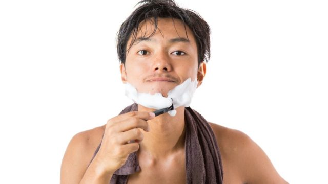 髭男,Laughter,コンフィデンスマン,東出,長澤