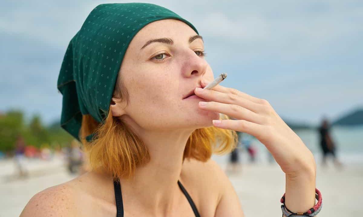 タバコ,女性ホルモン,癌,老化,美容